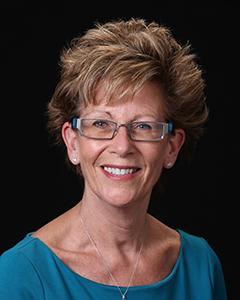 Laura Gevik Headshot