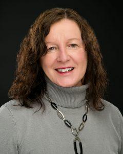 Janet Alland Headshot